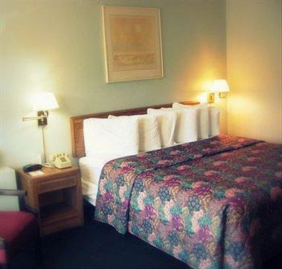 Fireside Inn & Suites Auburn