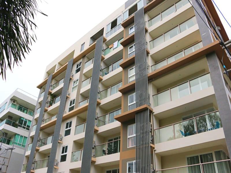 Phra Tamnak Hill Entire Apartments Pattaya Thailand