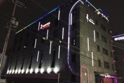 Madoka Motel Madoka Motel