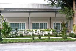 160平方米4臥室獨立屋 (素攀武里) - 有5間私人浴室 Ban Rom Mai Homestay