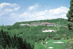 美伊娜多青山度假村 Menard Aoyama Resort