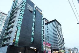 伴月酒店 Banwol Hotel