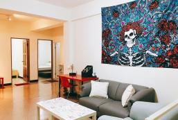 200平方米4臥室公寓 (大安區) - 有2間私人浴室 1st floor 5-12ppl  Most Spacious Taipei KK&JJ Home