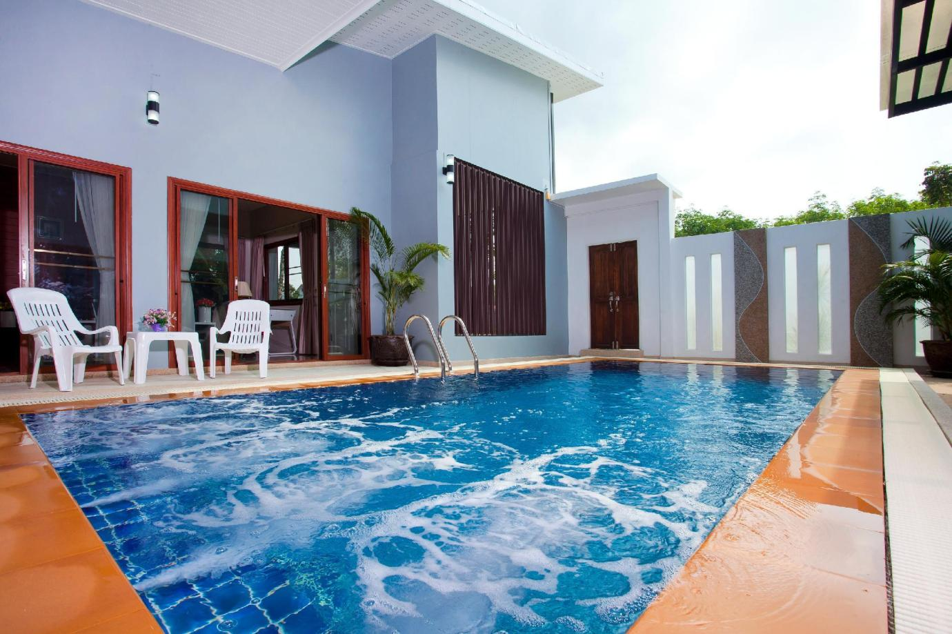 Pool Side Room 2 Pax.Near Phuket Airport Phuket Phuket Thailand