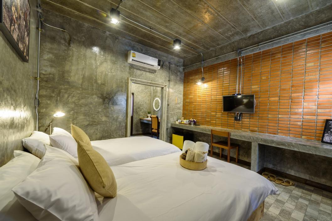Yellow Pillow Hotel In Thailand