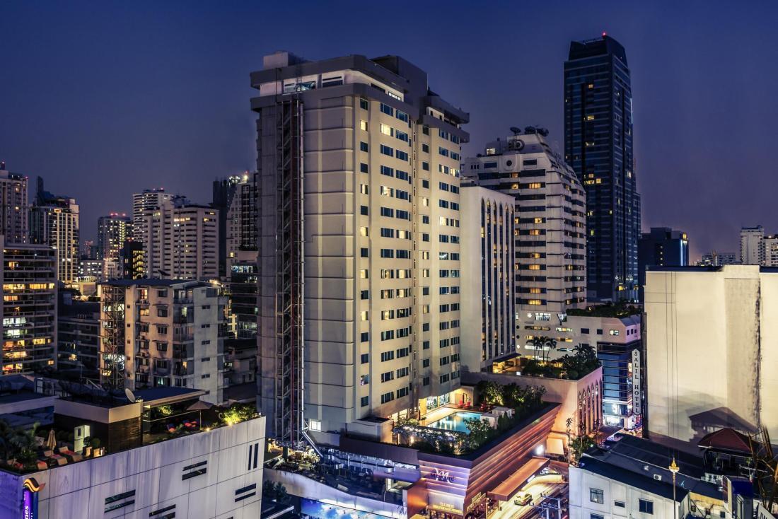 where-to-stay-in-bangkok-mercure