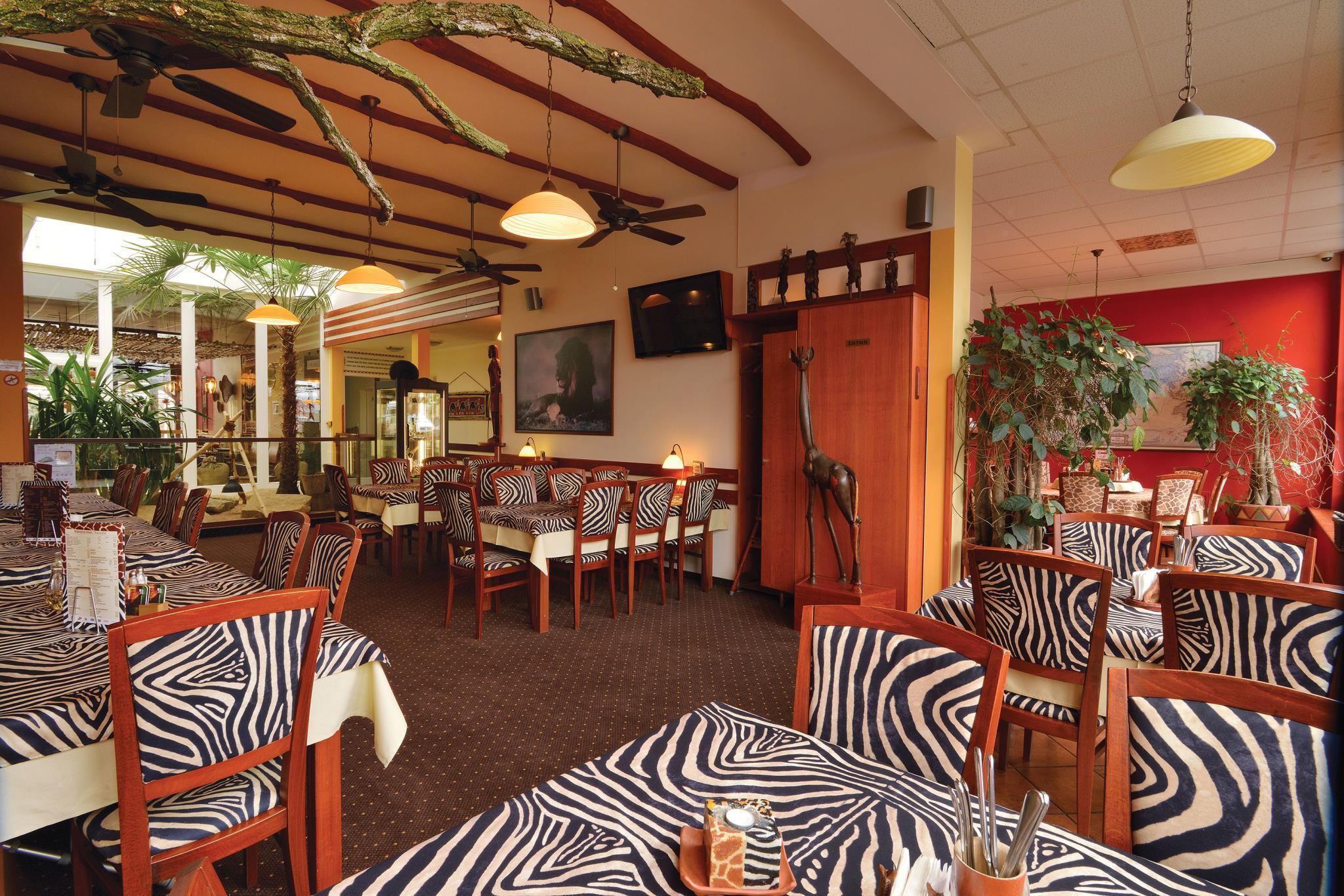 Hotel Safari Lodge In Czech Republic