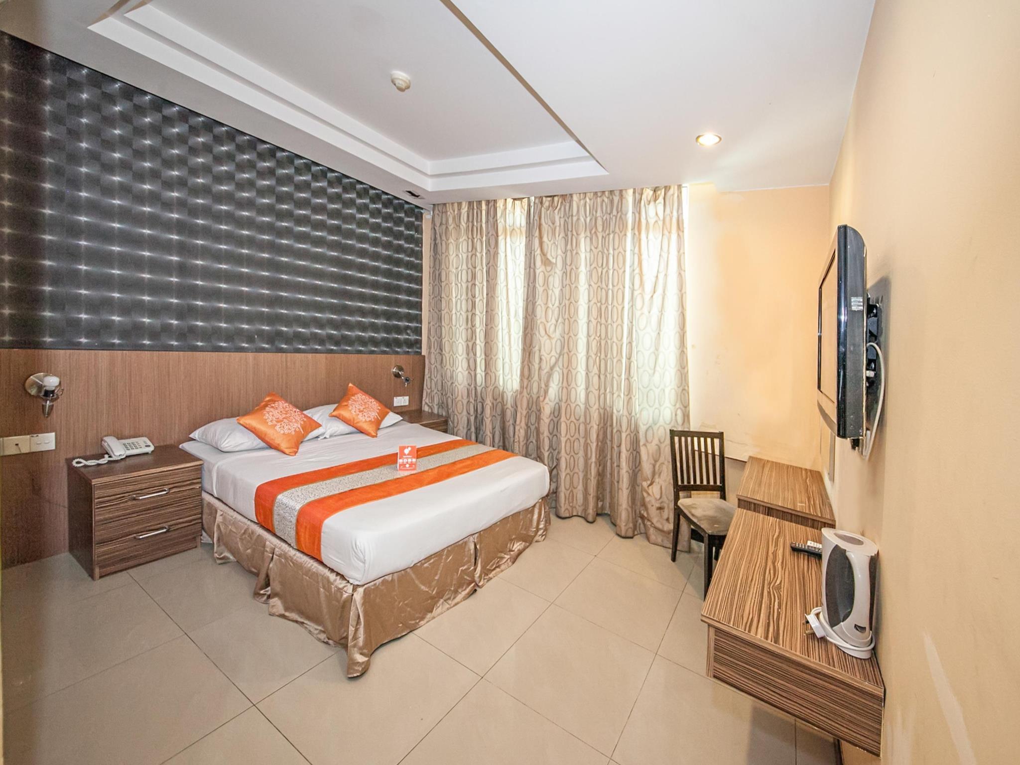 Oyo 216 La Viva Hotel In Malaysia