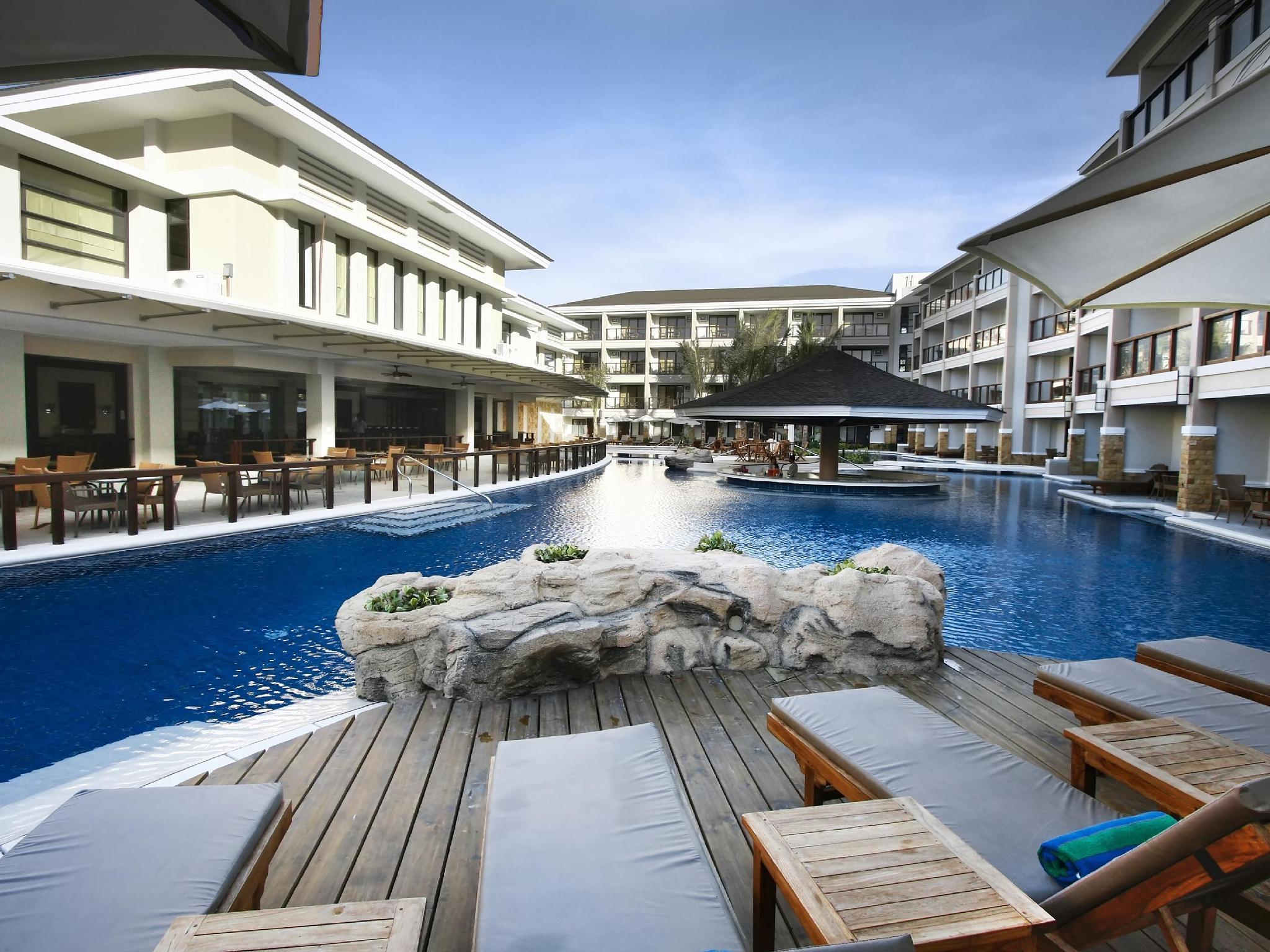 Henann Lagoon Resort In Boracay Island