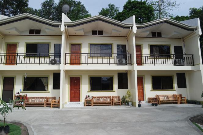 Yoo C Apartment In Philippines