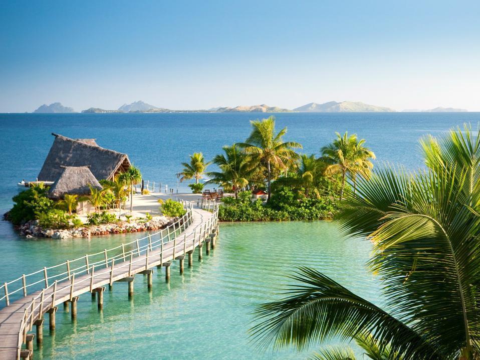 Likuliku Lagoon Resort In Mamanuca Islands