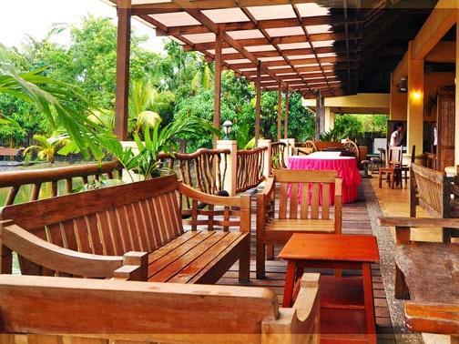 El Puerto Marina Beach Resort And Vacation