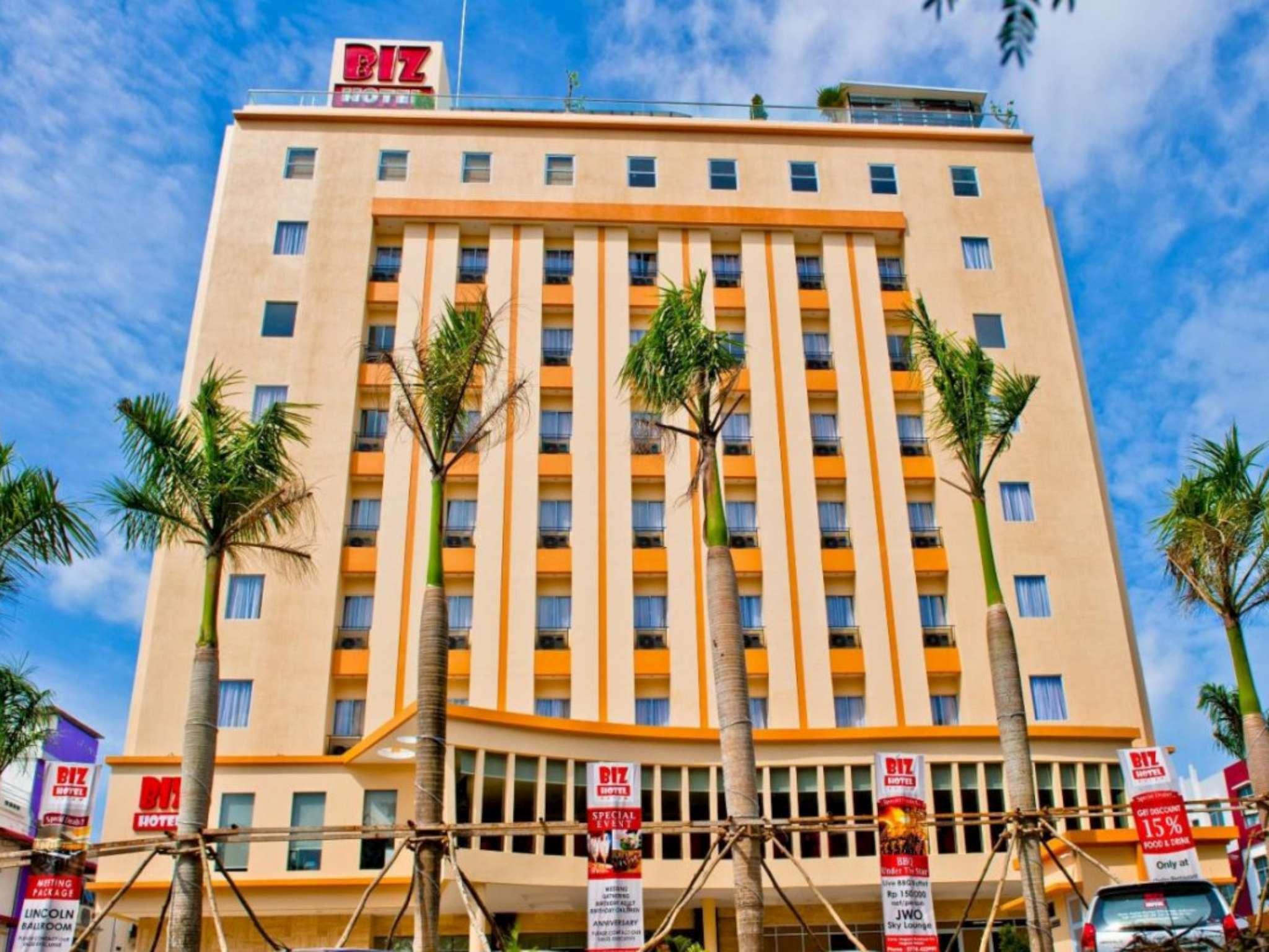 Biz Hotel Batam In Island