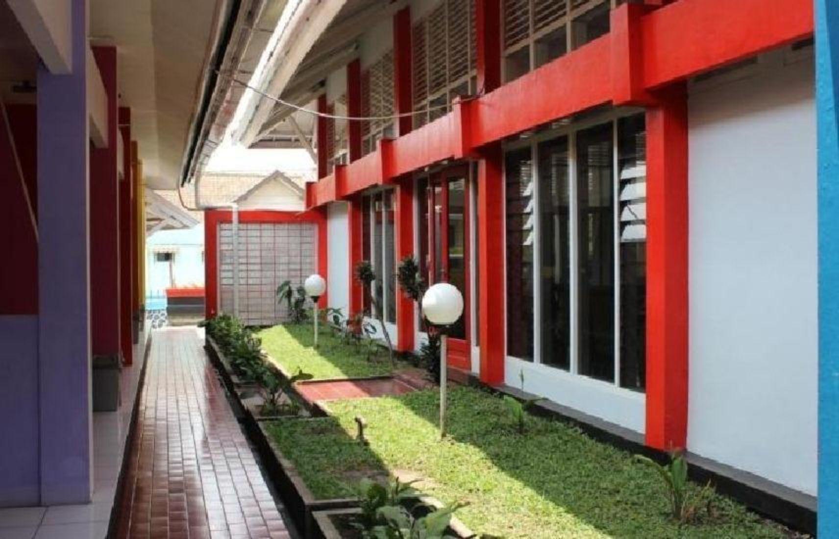 Lingga Guesthouse Jayagiri Lembang Bandung Booking Promo