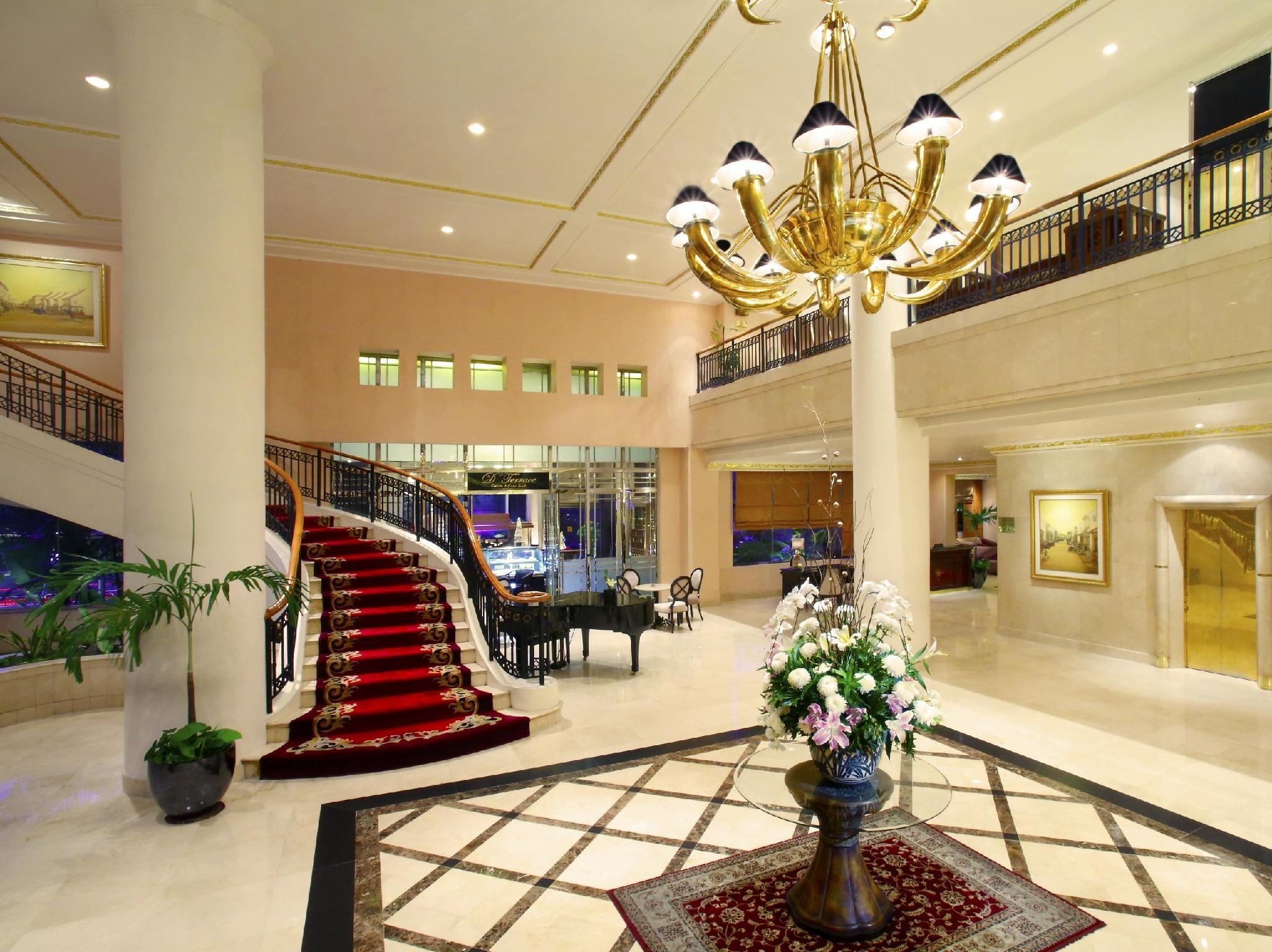 Ambhara Hotel Jakarta - Promo Harga Terbaik