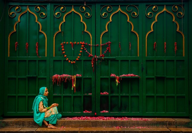 Woman Prayer God Religious