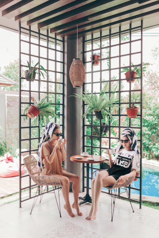 Balinese Breakfast girls in the morning