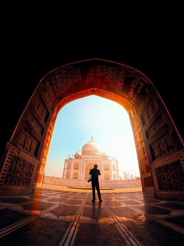 Photographer in Taj mahal