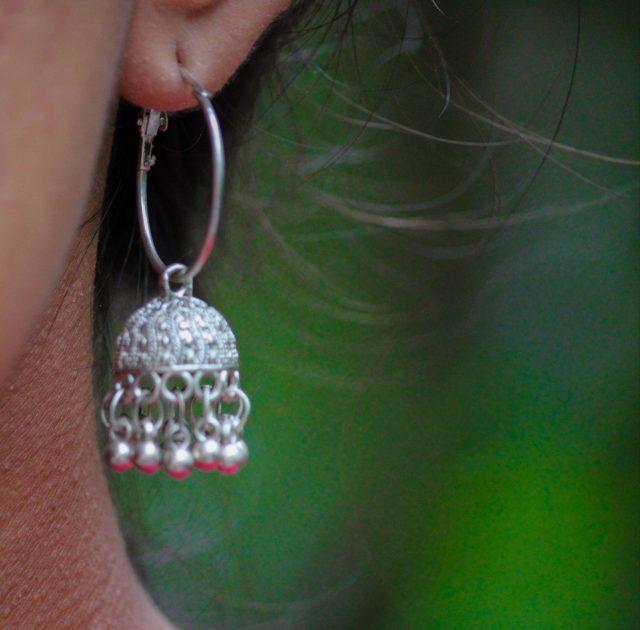Beautiful looped earring