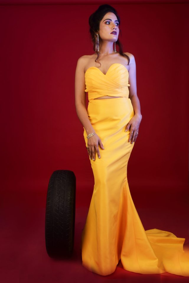 Lady wearing a yellow gown