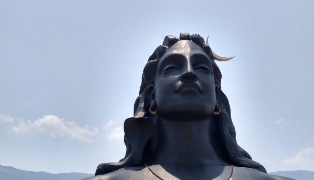 lord shiv statue