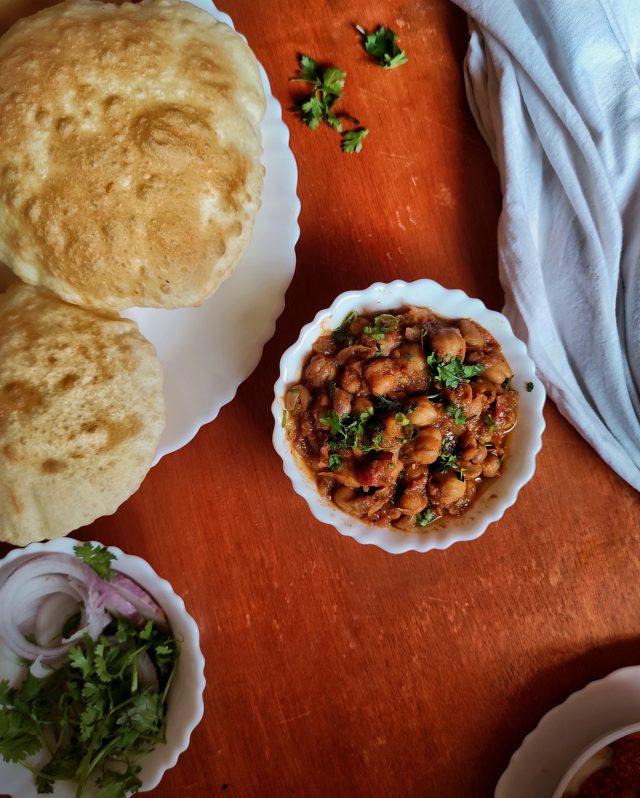 chole bhature dish