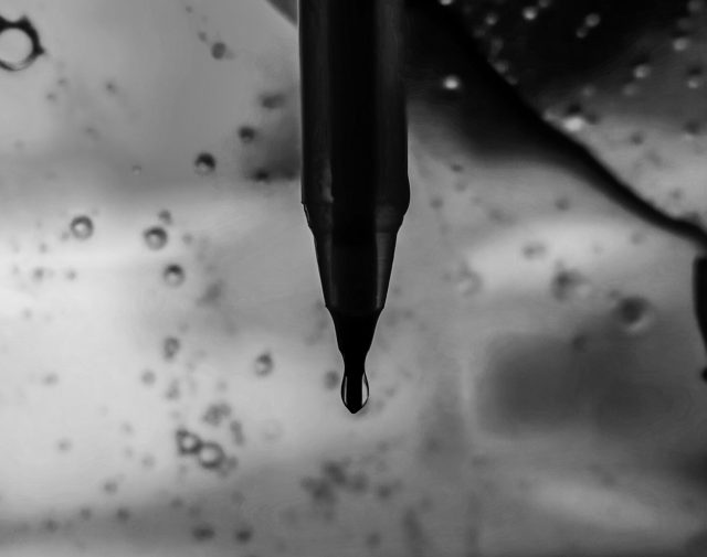 Water on tip of the pen