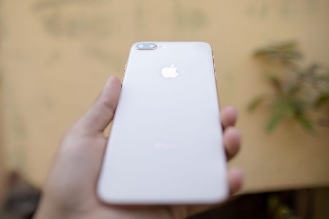 iphone in hand