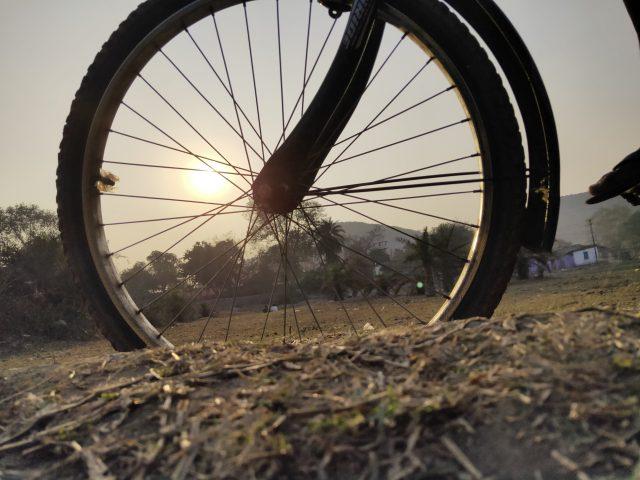 Sunlight through cycle wheel