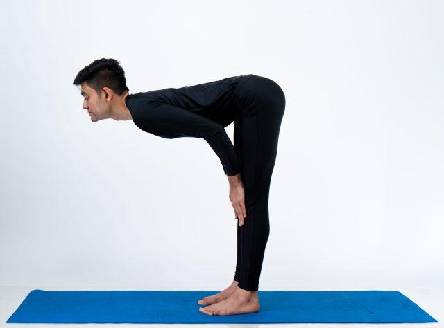 Ardha uttanasana (Half standing bend Pose)
