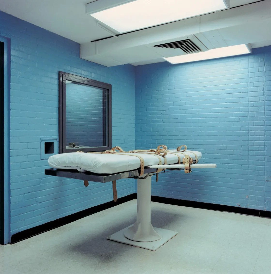 What States Still Use The Electric Chair Deathternity Haunting Photos Of U S Death Execution