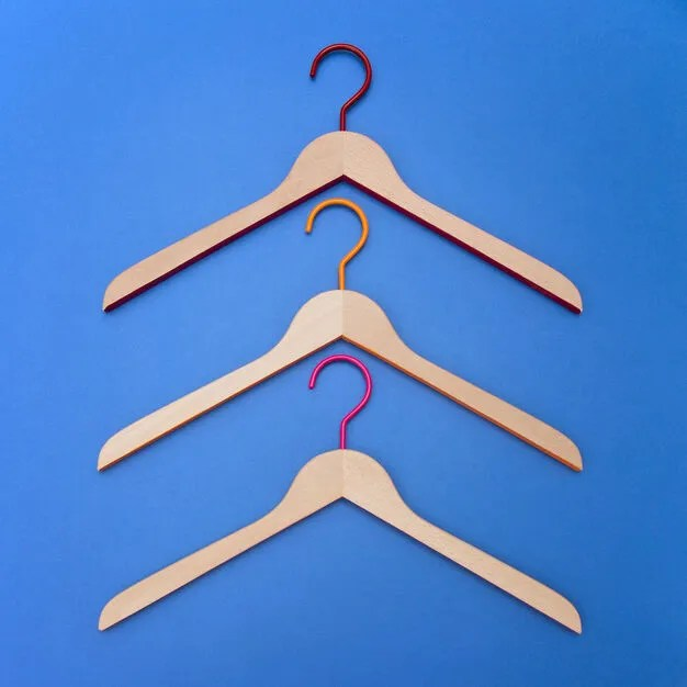 Toscanini Rainbow Hangers – Set of 3