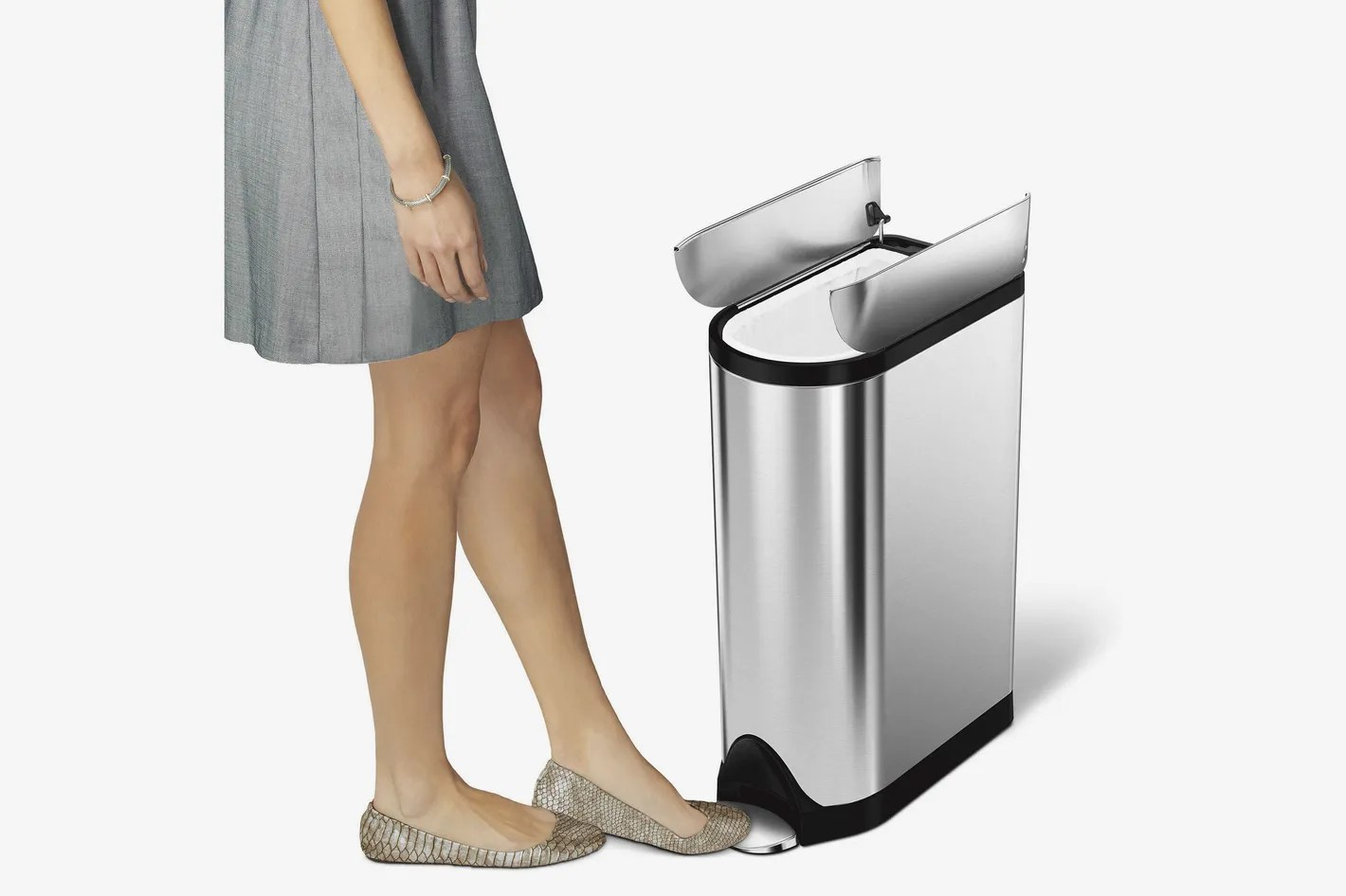 The 13 Best Stylish and GoodLooking Kitchen Trash Cans 2019