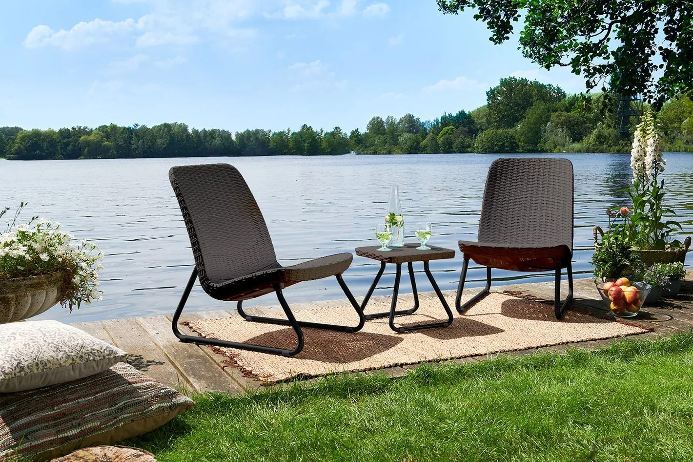 Patio Furniture Table And Chairs 7 Best Patio Furniture Sets 2019