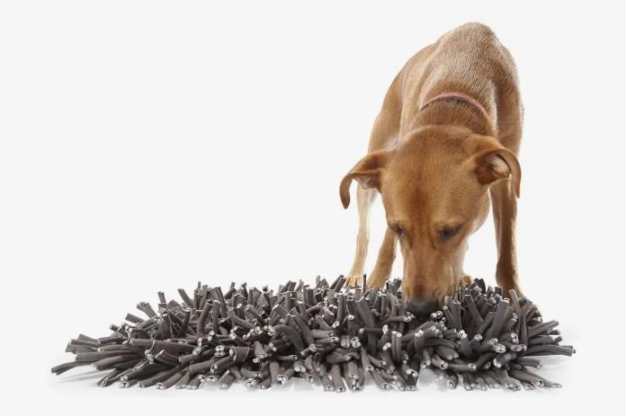 PAW5 Wooly Snuffle Dog Feeding Mat
