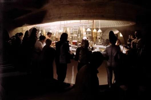 Girl Looking Into Space Wallpaper Rosie Schaap Tells Us Her Fav Film Bar Scenes Vulture
