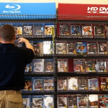Remaining 300 Blockbuster Stores Close - Vulture