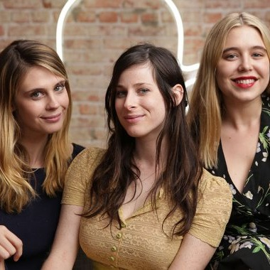 Emily Goldwyn and Sasha Spielberg are the creators and lead writers of a new Snapchat series - peoplewhowrite