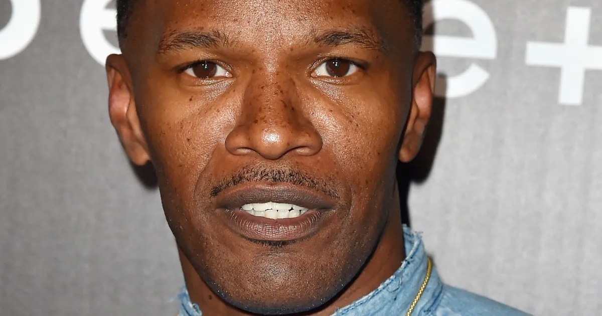 Jamie Foxx Hero Saved A Man From A Burning Truck What