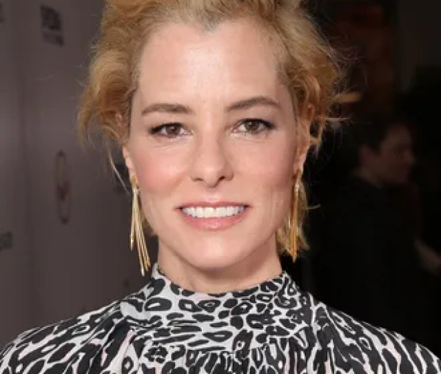 Parker Posey Sets Course To Play Dastardly Dr Smith In Lost In Space Reboot
