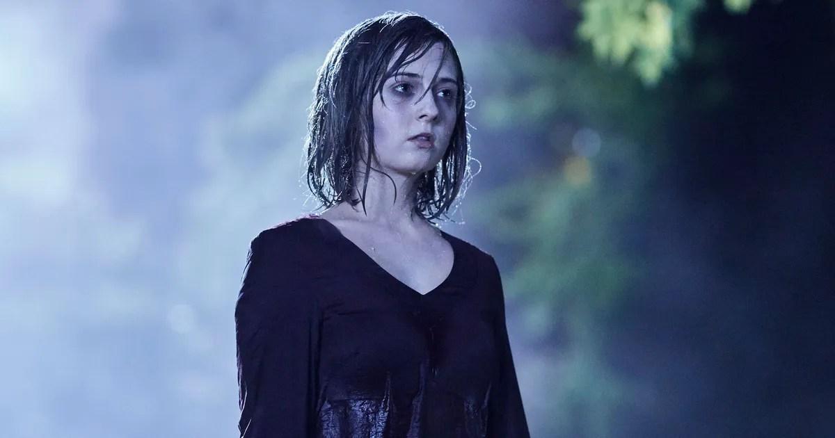 Blue Eyes Song Girl Wallpaper Doctor Who Recap Season 10 Episode 1