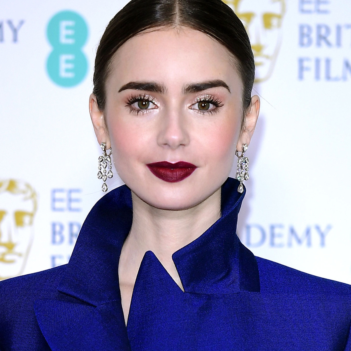 lily collins to star