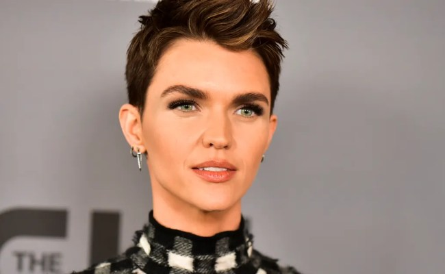 Ruby Rose Severely Injured On Set Of Cw S Batwoman