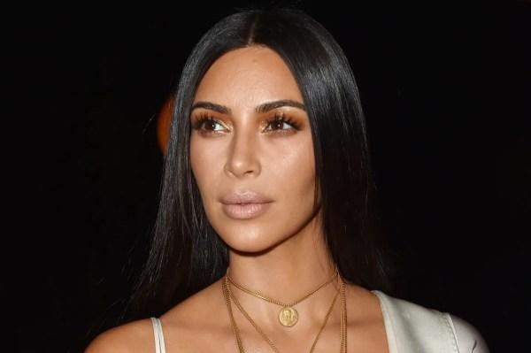 Kim Kardashian Robbed Gunpoint In Paris