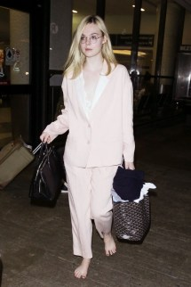 Elle Fanning Barefoot Lax Stress