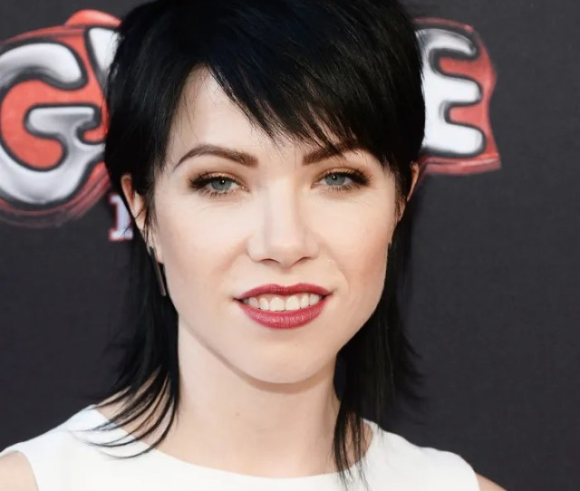 Sorry Calendar Carly Rae Jepsens New Song Means Its Officially Summer