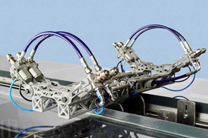 Brazo robótico para pintura industrial con impresión 3D