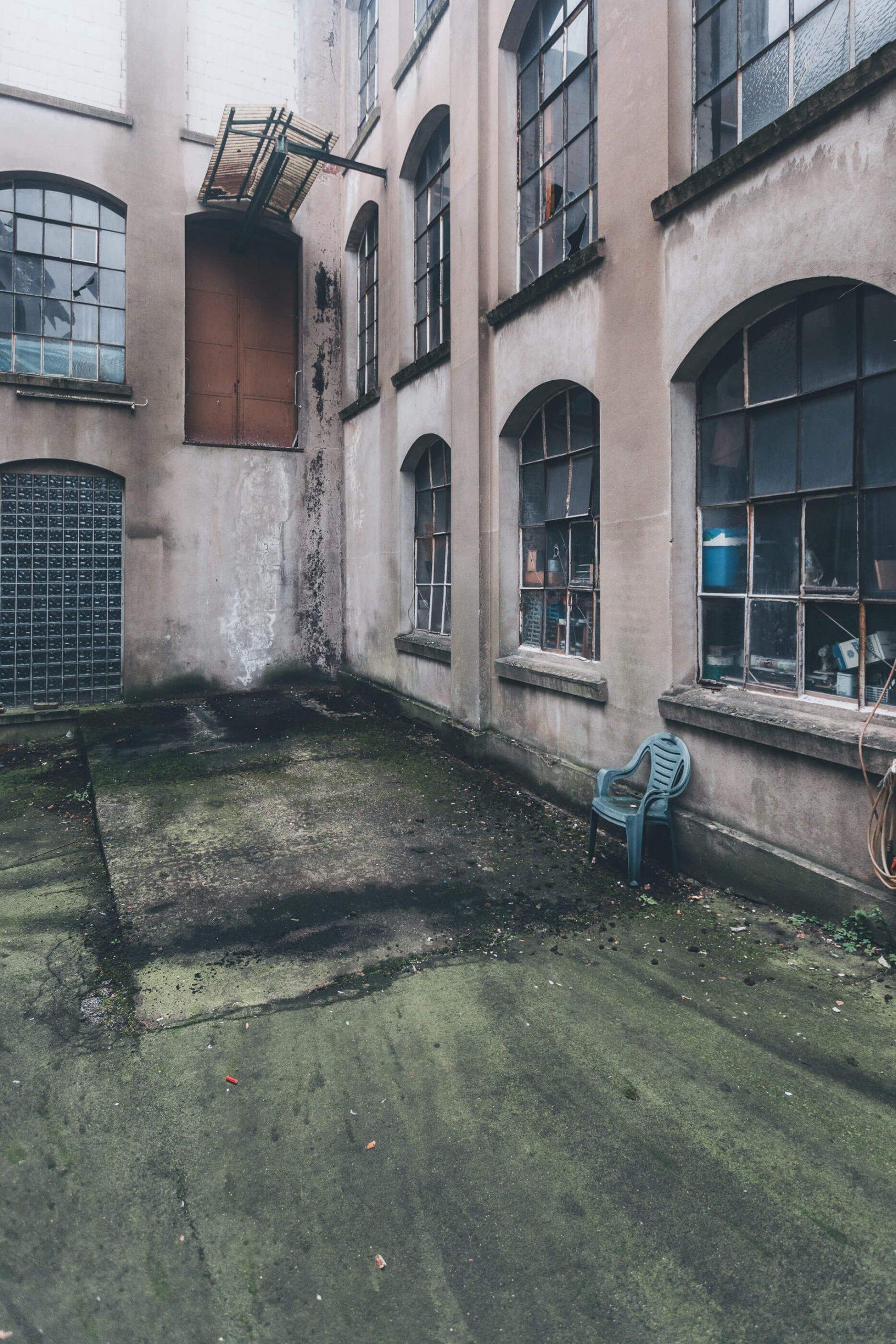 Lagerhallen des verlassenen Sanitär- & Heizungsgroßhandel