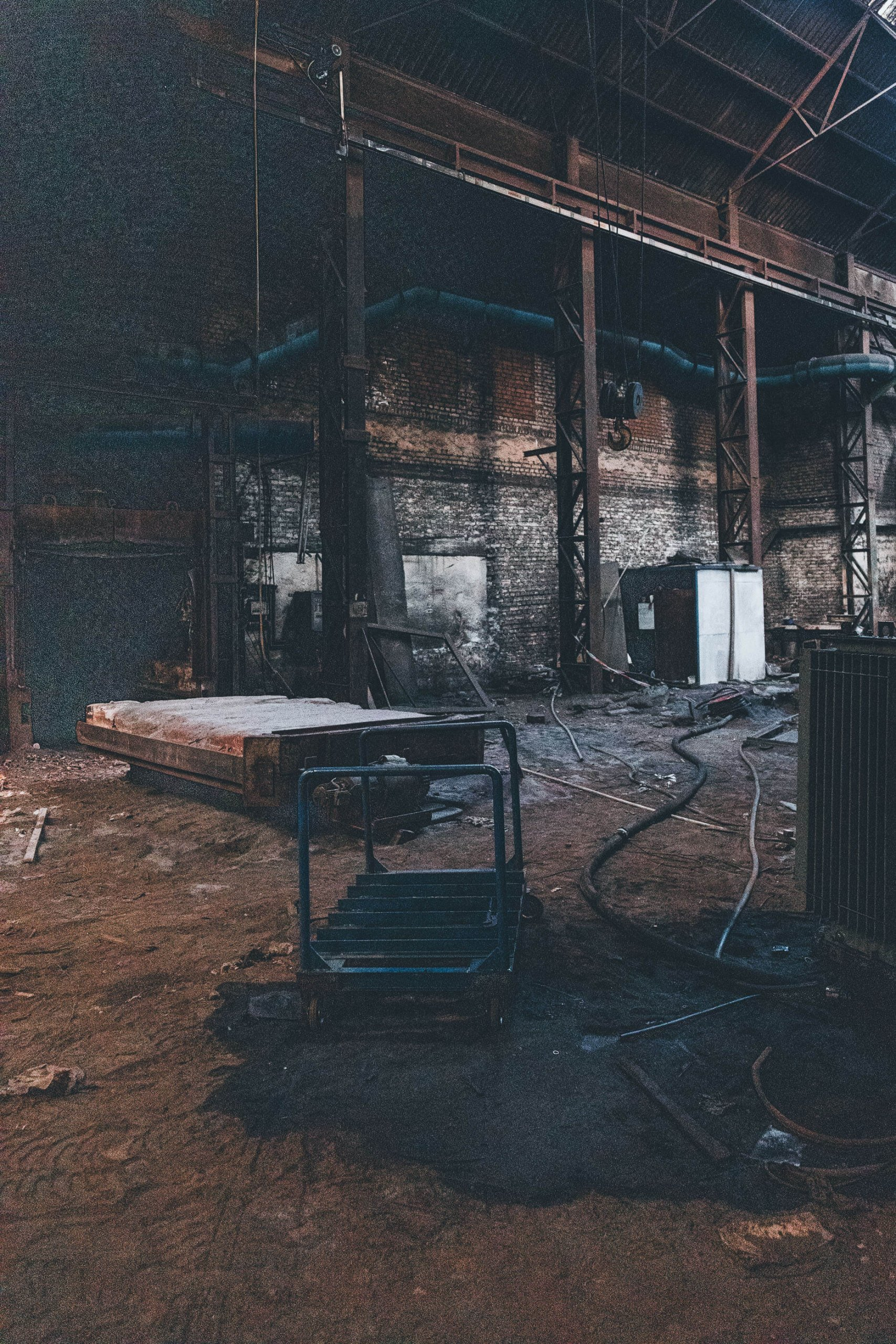 Kaltes Eisen - Das verlassene Eisenwerk