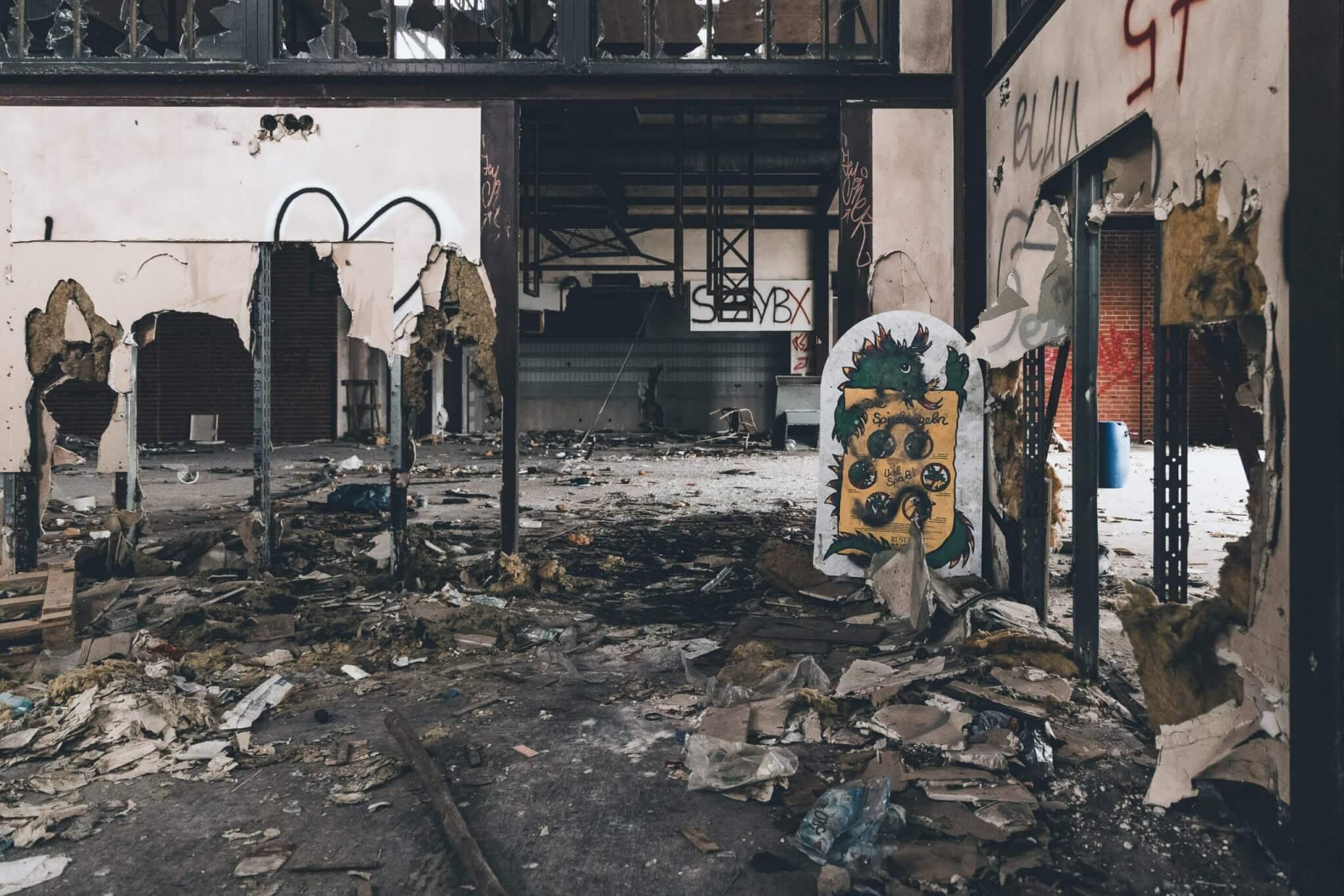 Das zerstörte Fast Food Restaurant